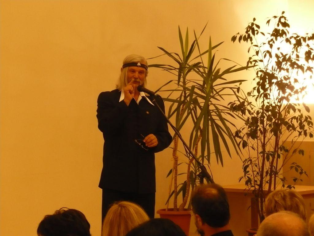 Dr. Papp Lajos szívsebész professzor előadása - 2008.10.12.