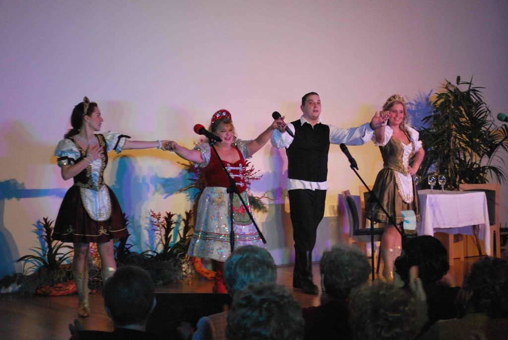 Fergeteges operett gála Oszvald Marikával - 2012.11.23.