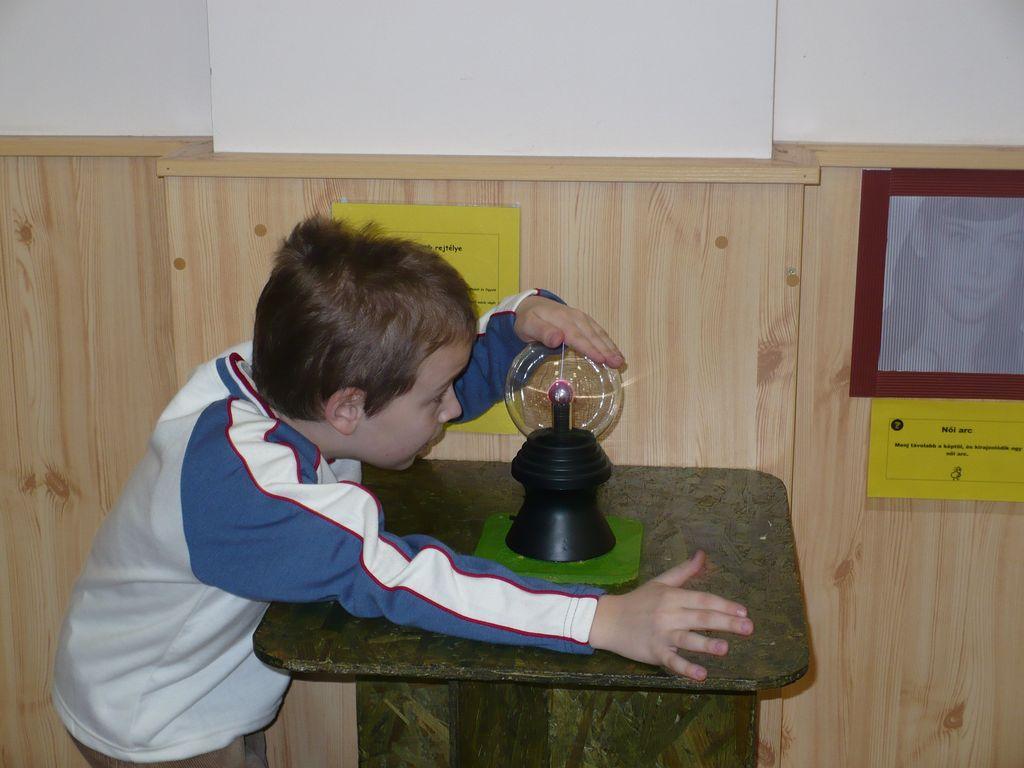 Játékos tudomány kiállítás - 2008.11.15.
