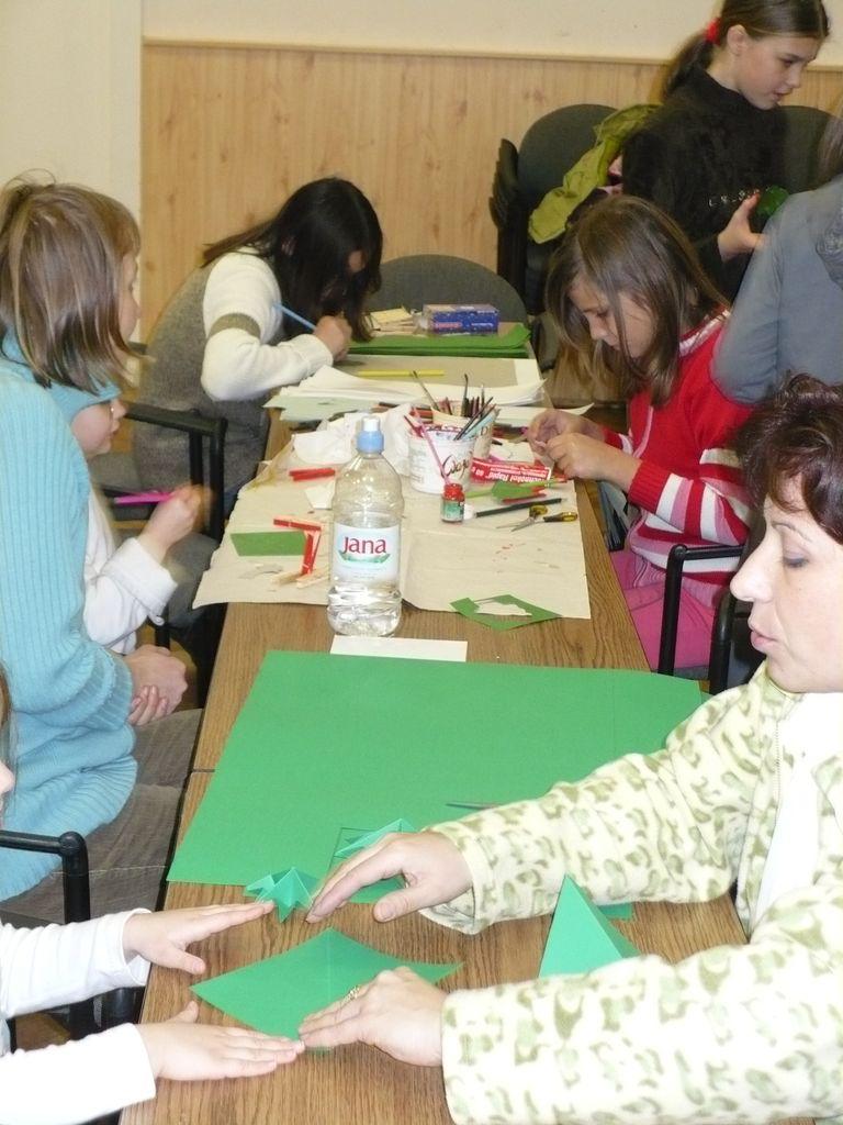Karácsonyi kézműves foglalkozás - 2008.12.19.