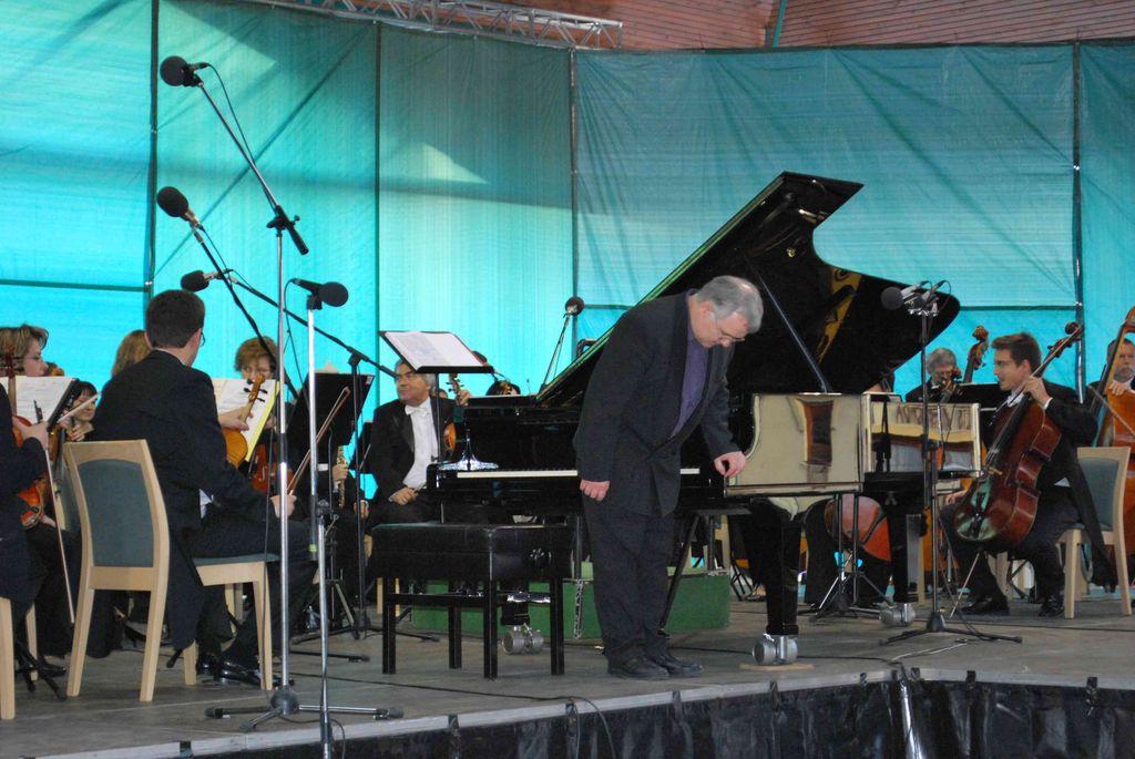 Mocsári Károly és a MÁV Szimfonikusok koncertje - 2011.06.19.