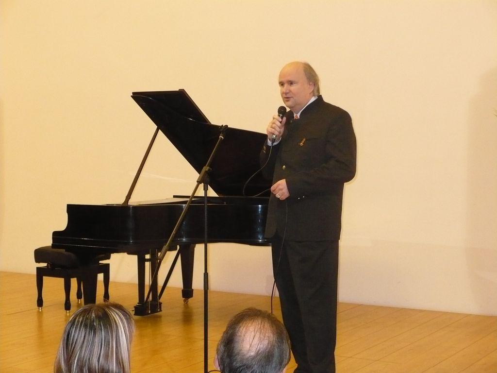 Zongorát a városnak - átadás - 2008.11.14.